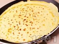 Рецепта Лесни и бързи палачинки с кисело мляко, разтопено масло и яйца